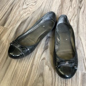 Loft Ann Taylor Leather Ballet Flats with bow